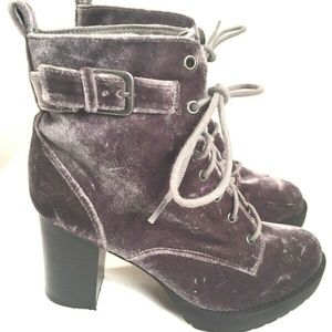 Madden Girl Boots Womens 7.5 M Gray Suede Corduroy